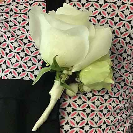A sample wedding boutonniere